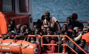 Mais de 500 migrantes resgatados em águas espanholas sobretudo nas Ilhas Canárias