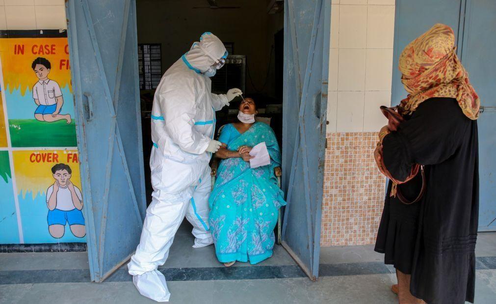 Covid-19: Índia com mais 579 mortos, menor número diário de óbitos em três meses