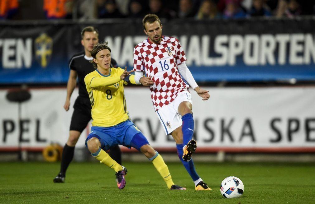 Sporting empresta Misic ao Dínamo Zagreb com opção de compra