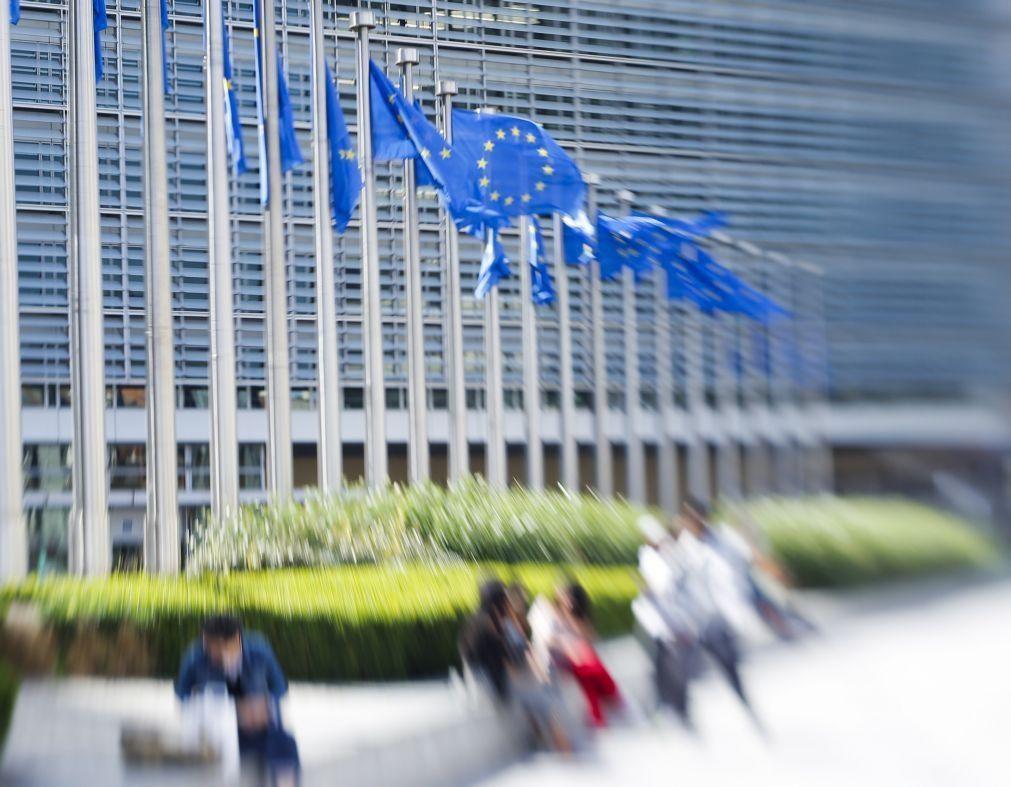 Covid-19: Bruxelas aprova apoio português de 9,35 ME para preservar emprego nos Açores