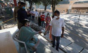 Covid-19: Índia regista 717 mortos e mais de 54 mil casos nas últimas 24 horas