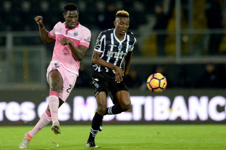 Golo de Patrão dá empate ao Chaves em Guimarães