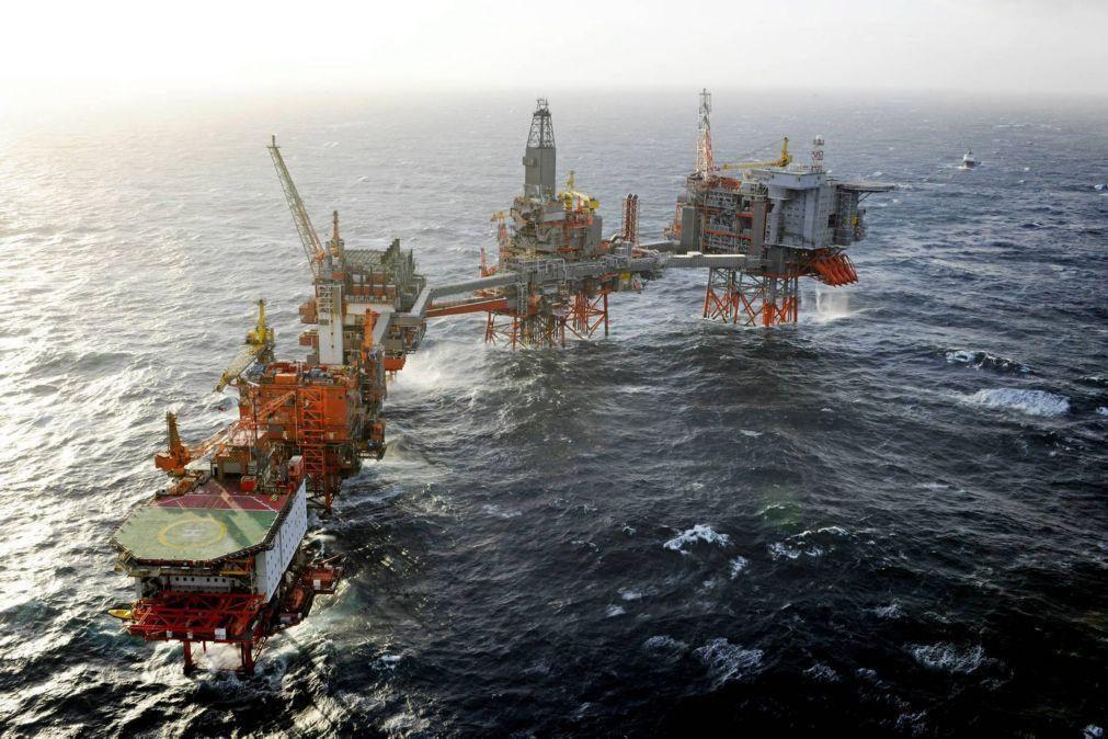 Governo angolano aprova nova lei dos petróleos que prevê