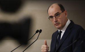 Covid-19: França alarga recolher obrigatório a mais 38 regiões