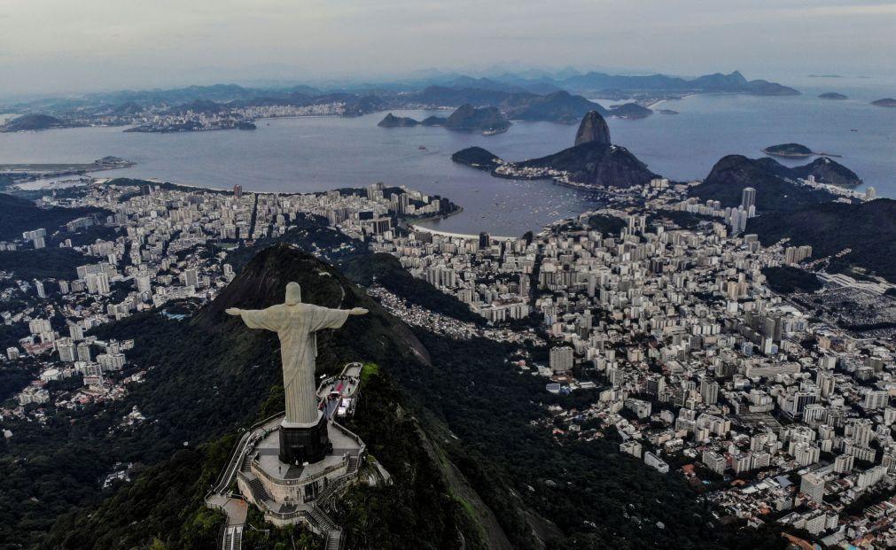 Covid-19: Faturação do turismo no Brasil recuou 33,6% entre janeiro a agosto