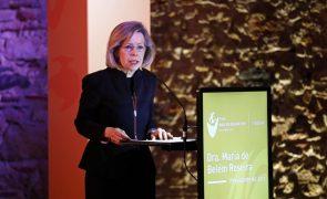 Covid-19: Ex-ministra da Saúde reconhece erros, mas diz que é momento de aprender