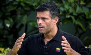 Venezuela: Opositor Leopoldo López deixou Embaixada de Espanha e partiu para a Colômbia