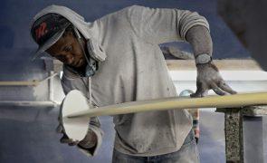 Joselito faz pranchas em Portugal e quer ajudar Cabo Verde a dinamizar o surf