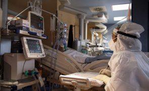 Covid-19: Responsáveis médicos alertam que França