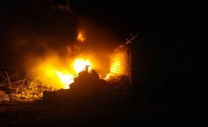 Nagorno-Karabakh: Azerbaijão pede a tribunal que impeça Arménia de bombardear zonas civis
