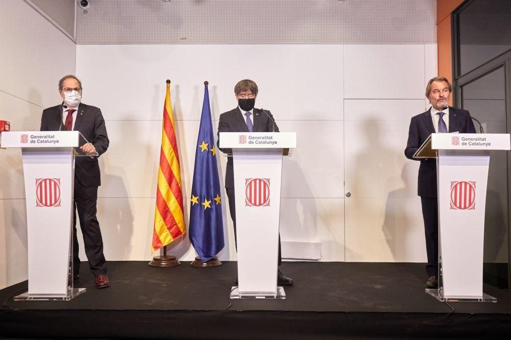 Detidos 21 suspeitos de desviarem fundos para financiar Puigdemont na Bélgica