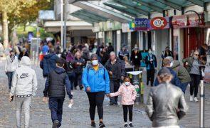 Covid-19: Reino Unido regista mais de 300 mortes pelo segundo dia consecutivo
