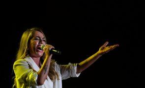 Gisela João participa no novo álbum dos norte-americanos Calexico