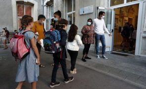 Covid-19: Uso obrigatório de máscara nas escolas estendido às crianças de 6 anos