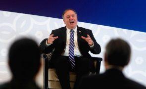 Mike Pompeo acusa a China de ser o maior perigo para a liberdade religiosa