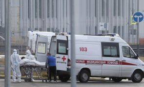 Covid-19: Rússia regista recorde de infetados e mortos num único dia