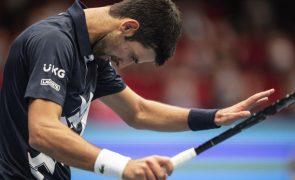 Novak Djokovic humilhado em Viena pelo italiano Lorenzo Sonego