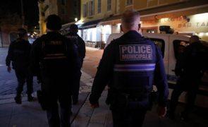 França/Ataques: Um terceiro homem sob custódia após atentado em Nice