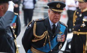 Príncipe André Poderá regressar à vida pública e