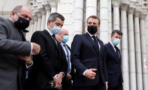 Macron admite que caricaturas choquem muçulmanos mas não justificam violência