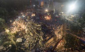 Número de mortos causado por sismo no mar Egeu sobe para 37