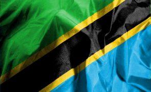 Polícia detém principal opositor ao presidente reeleito na Tanzânia por apelo ao protesto