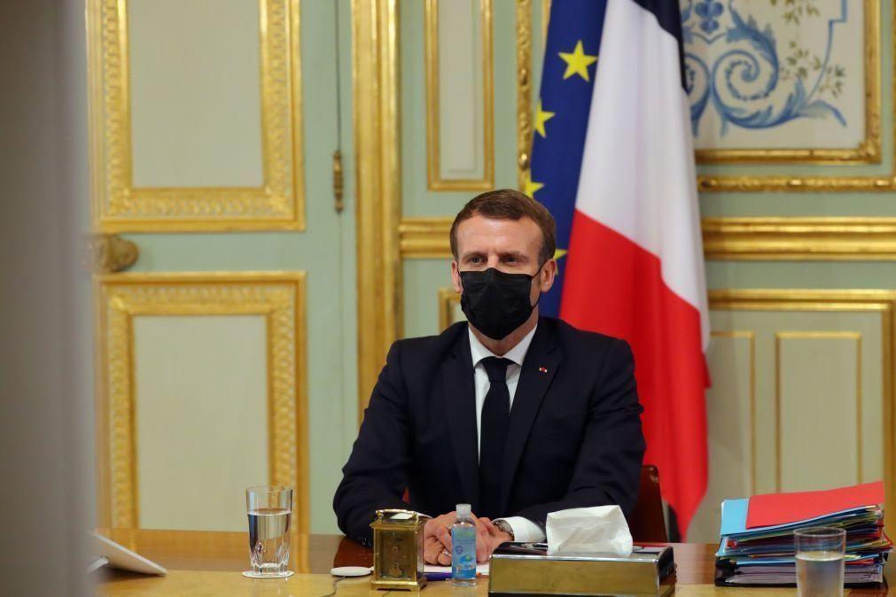 França/Ataques: Al-Qaida ameaça PR francês e pede a morte dos que insultam Maomé