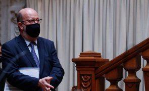 Covid-19: Ministro do Ambiente nega sobrelotação nos transportes e risco acrescido de contágio