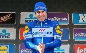 Ciclista Fabio Jakobsen já fala em voltar aos treinos após reconstrução do rosto