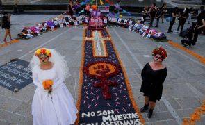 Covid-19: México com 205 mortos e 3.763 novos casos em 24 horas