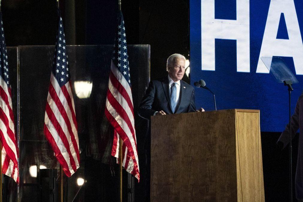 Joe Biden quase a atingir maioria dá esperança a imigrantes em Nova Iorque