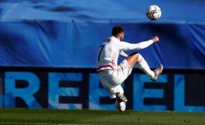 Covid-19: Jogadores do Real Madrid Casemiro e Hazard infetados