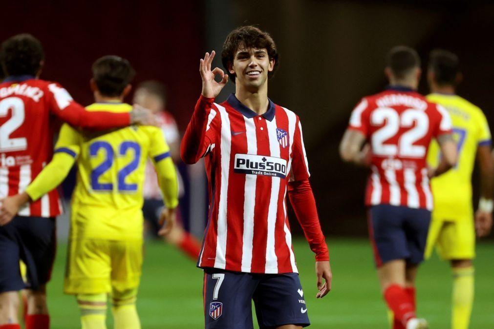 João Félix 'bisa' e ajuda Atlético de Madrid a igualar Real Sociedad na liderança