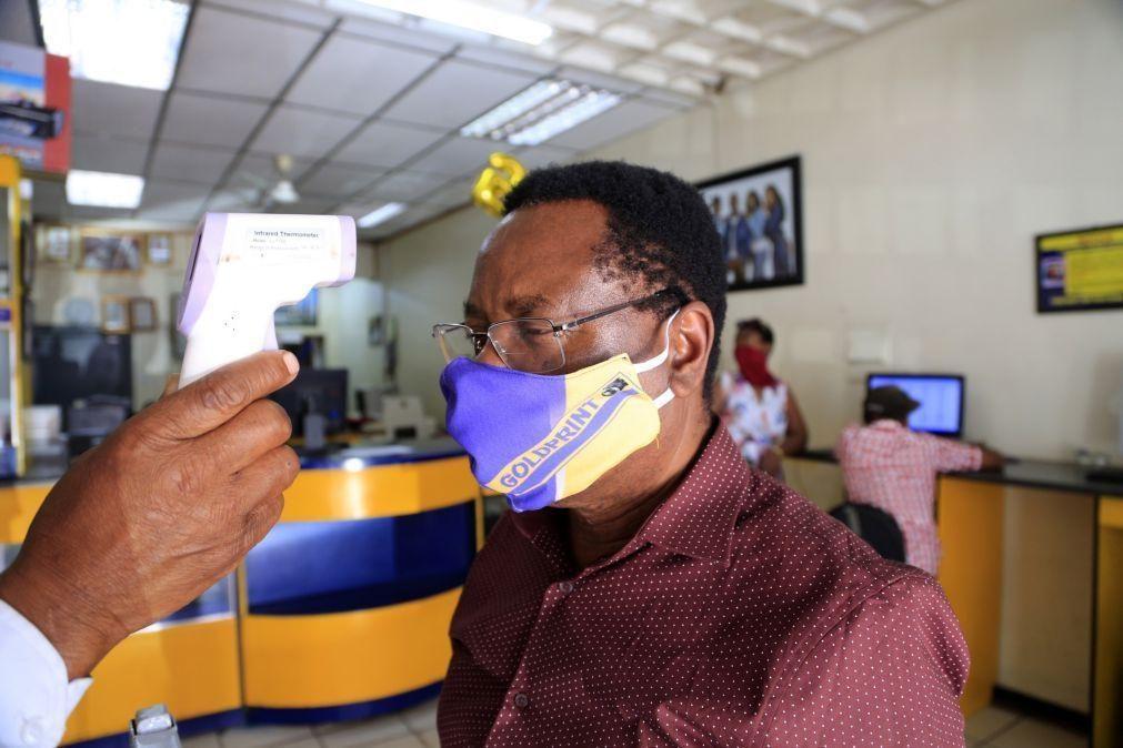 Covid-19: Número de mortes e de infeções volta a subir em África