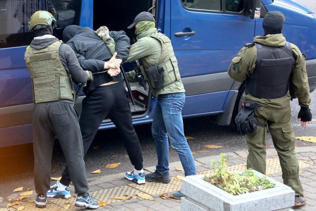 Mais de 800 pessoas detidas em protestos na Bielorrússia