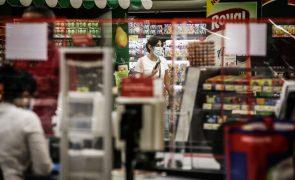Covid-19: Permitido ir ao supermercado durante recolher obrigatório ao fim de semana