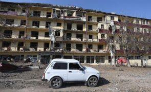 Autoridades de Nagorno-Karabakh admitem ter perdido controlo de Shushi