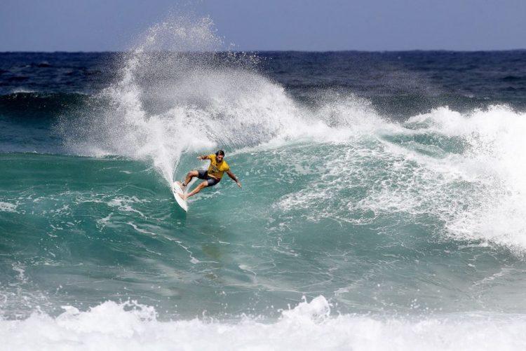 Frederico Morais assegura presença no circuito mundial de surf em 2017