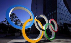 Covid-19: Organização dos Jogos Olímpicos aliviada com vacina mas pronta a realizar evento sem ela