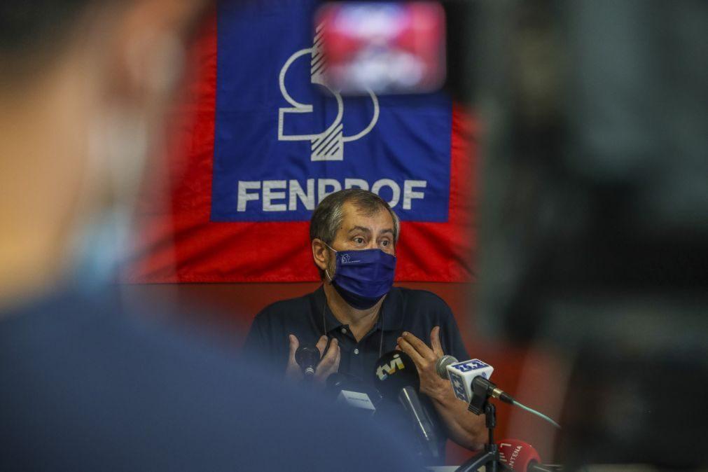 Fenprof lança petição para travar processo de transferência de competências para as Câmaras