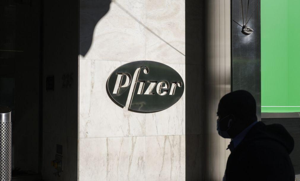 Covid-19: UE quer contar com seis vacinas e assina com Pfizer dentro de dias