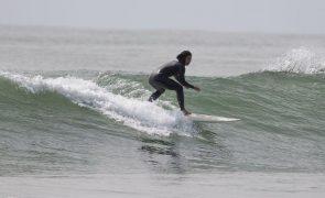 Covid-19: Etapa de Peniche do circuito mundial de surf de 2021 adiada