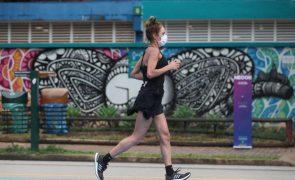 Covid-19: Brasil ultrapassa 5,7 milhões de casos e aproxima-se das 163 mil mortes
