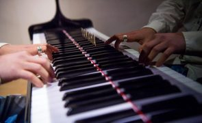 Novo álbum do pianista e compositor Tiago Sousa disponível sexta-feira