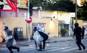 Correspondente da Reuters em Luanda agredido pela polícia durante manifestação