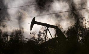 AIE revê drasticamente previsões de procura de petróleo até 1.º semestre de 2021
