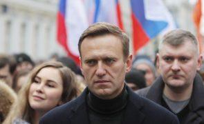 Navalny: Rússia aplica sanções à Alemanha e França em resposta às impostas pela UE