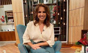 Tânia Ribas De Oliveira A blusa de menos de 30 euros com decote ousado que todas querem ter