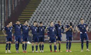 Euro2020: Escócia na fase final ao bater Sérvia nos penáltis