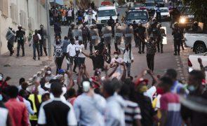 Médico da UNITA acusa polícia angolana de manipular corpo clínico sobre morte de manifestante